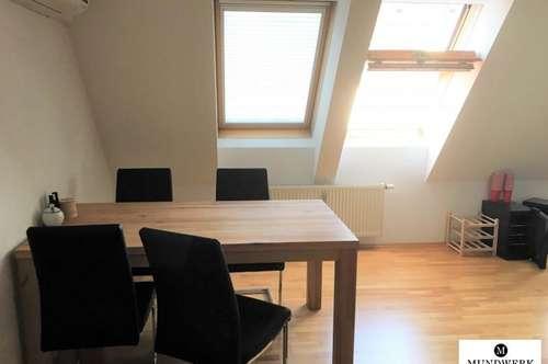 IM HERZEN VON GRAZ - KUNSTHAUS / ZENTRUM - Maisonette mit 3 Zimmer - WG geeignet - ab sofort verfügbar!