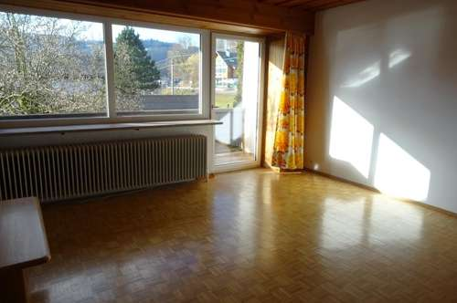 Großzügige 4-Zimmer-Wohnung mit herrlichem Seeblick!