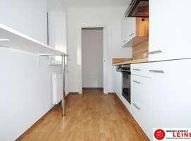 mietwohnungen in schwechat wien umgebung. Black Bedroom Furniture Sets. Home Design Ideas