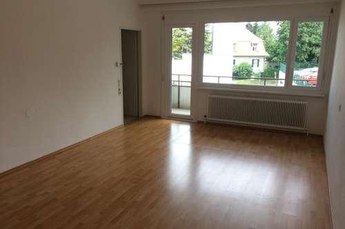 von privat - helle, sehr gut aufgeteilte 3-Zimmer Wohnung in Gießhübl bei Mödling mit 2 Balkonen - Top Lage - provisionsfrei
