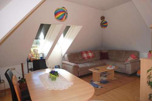 Großzügige Mietwohnung mit Balkon im Zentrum von Fürstenfeld!