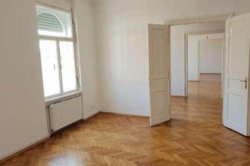 Geräumige 5-Zimmer Altbauwohnung in UNI-Nähe - Leonhardstrasse