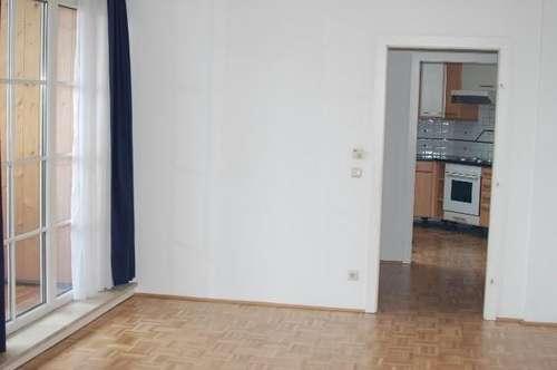 2-Zi.-Dachgeschoss-Wohnung mit Badeplatz in Mondsee