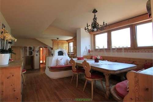 Innsbruck: Hochwertig ausgestattete Dachgeschoßwohnung in sonniger Aussichtslage