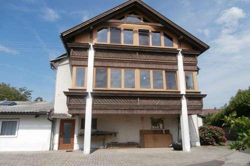 Wohnhaus mit Appartementhaus, schönem Grund und ehem. Gastrobetrieb !