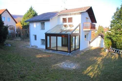 VILLENLAGE Klosterneuburg, Kritzendorf, Einfamilienhaus auf 3 Etagen, 666 m² Grund, ca. 573 m² Garten, 2 Garagen