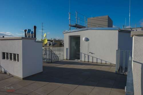 Penthouse! + 60m2 Terrasse über den Dächern!