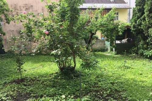 1-Zimmer-Altbauwohnung mit Garten Zentrumsnähe !!