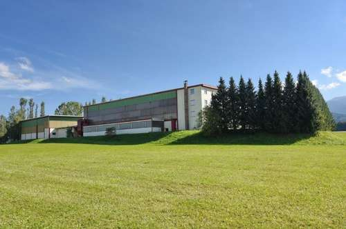 Industriehalle zu vermieten
