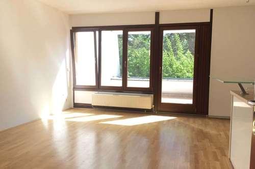 """Schmid Immobilien Management - """"3-Zimmer Maisonette mit großer Loggia."""""""