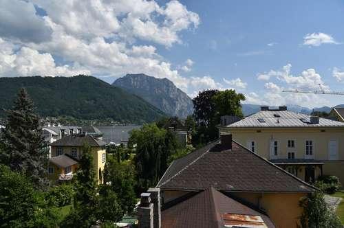 Attraktive Eigentumswohnung mit Blick auf Traunsee und Traunstein