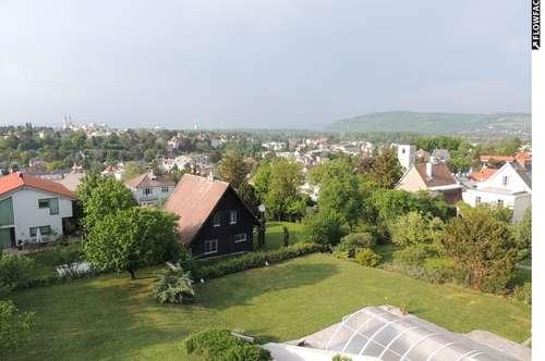 3400 Klosterneuburg, Zentrum Sachsenviertel, Villenlage, absolute Grünruhelage! 75m2 im Dachgeschoss mit Balkon/Terrasse Euro 880.-- inkl. BK/10%