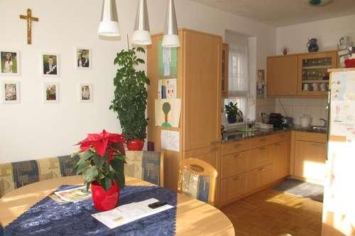 Sonnige, sehr schöne Wohnung mit 3 Schlafzimmer - Landesförderung übernehmbar!