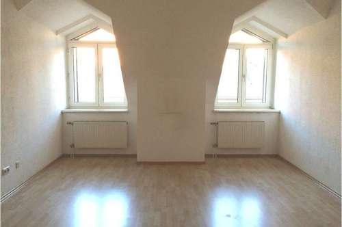 Mietwohnung mit neu möblierter Küche in ruhiger Wohnlage