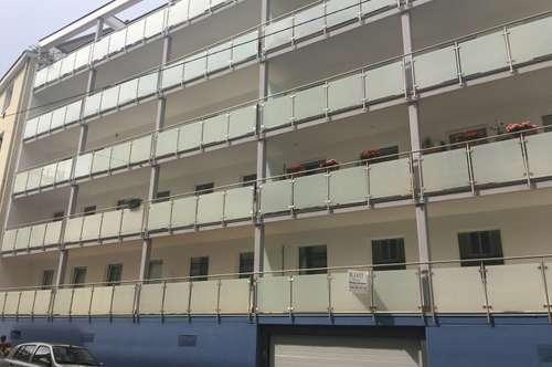 Großzügig geschnittene Neubauwohnung mit 4 Zimmern und Loggia in ruhiger Seitengasse, Nähe Schubertpark