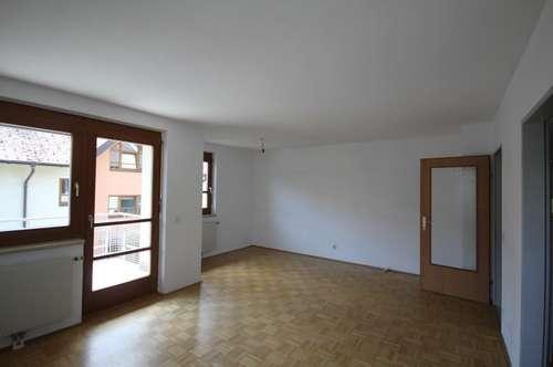 Gepflegte 2-Zimmer-Wohnung mit Balkon in Rif bei Hallein