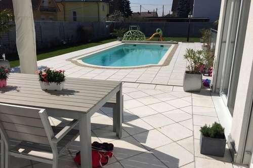 ++++ VILLA +++ GERASDORF +++ Architektenhaus mit großem Garten, Pool und LUXUSAUSSTATTUNG +++