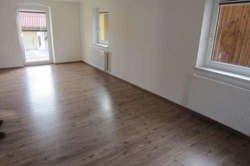 Schöne 4 Zi.-Terrassen-Wohnung mit Garage