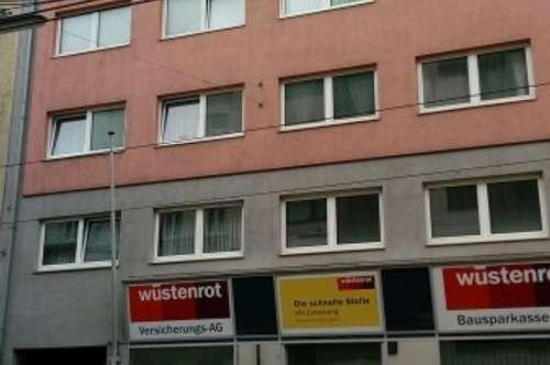 1140, 5-Zi. DG-Wohnung mit Stellplatz und Terrasse
