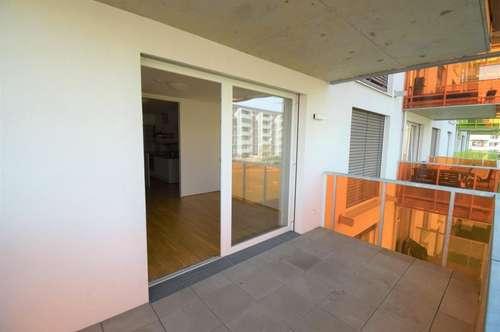 UMZUGSAKTION - 1 MONAT MIETFREI - Geräumige 3 ZI-Wohnung mit Balkon und Küche - Nähe MED Uni