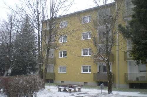 Weg vom Stress - raus auf´s Land! Erholung pur verspricht diese behagliche 3-Zimmer-Wohnung in idyllischer, ländlicher Lage! Provisionsfrei!