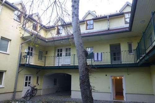 Top sanierte 2-Zimmer Wohnung im Zentrum von Wiener Neustadt