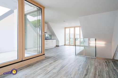 Herrliche 3 Zimmer Maisonette mit Balkon und Terrasse