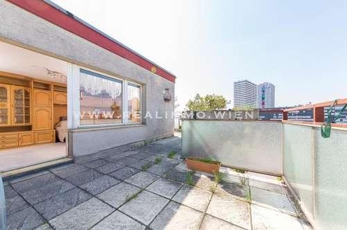 Sehr schöne 4 Zimmer Dachgartenwohnung - Fernblick bis zum Kahlenberg