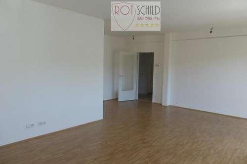 zentrale günstige Wohnung mit Balkon, 2 SZ ab 01.10.2018