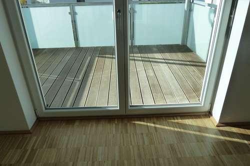 Sommer, Sonne - Wohnung mit Balkon und Wohnraumlüftung