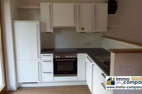 Radfeld: günstige 2-Zimmer-Wohnung mit Balkon und Carport