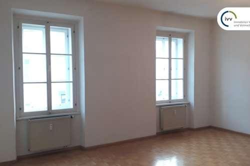 ALTBAU: 2 Zimmer Wohnung mit Essküche in zentraler Lage / Laimburggasse 9 - Top 7
