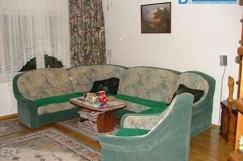 Sehr schöne und gut gelegene 4-Zimmer-Wohnung südlich von Wien