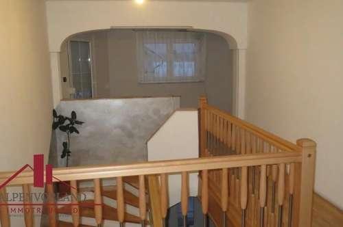 Großzügiges Wohnhaus für die große Familie, in ruhiger Siedlungslage!!!