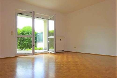 Wunderschöne 3-Zimmer-Wohnung in absoluter Grünruhelage mit rund 140 m² Eigengarten