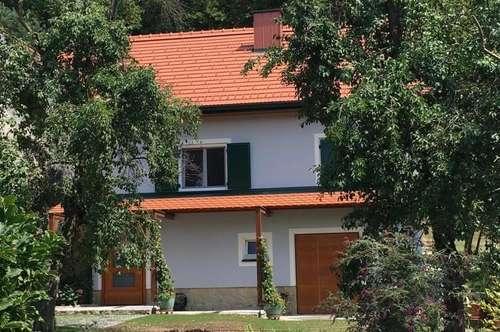Generalsanierte 2-Zimmer Wohnung in Bad Gleichenberg zu vermieten - Wohnen im Obstgarten! ! !