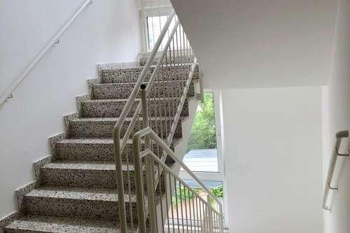 südseitige Hofruhelage - 3 Zimmer, 2. Stock ohne Lift!