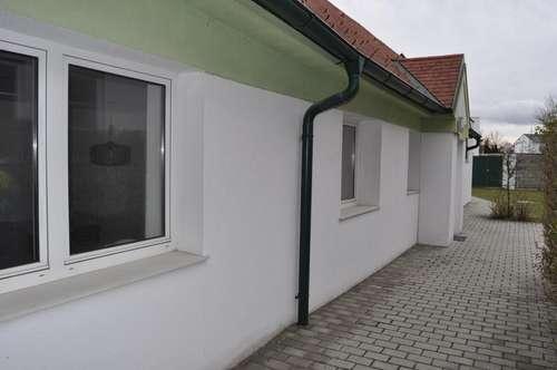 Ebenerdiges Büro mit Terrasse & Garten