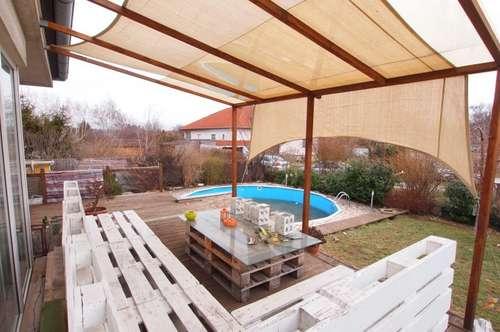 7062 St. Margarethen: Wohnhaus mit Partykeller und -terrasse, ausbaufähiges Dachgeschoß, 5 Zimmer, Parkplatz, Pool!