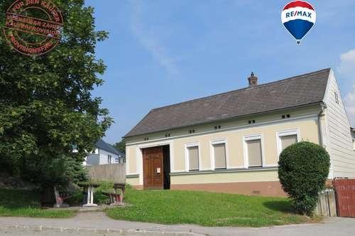PROVISIONSFREI FÜR DEN KÄUFER  Bauernhaus mit Nebengebäude