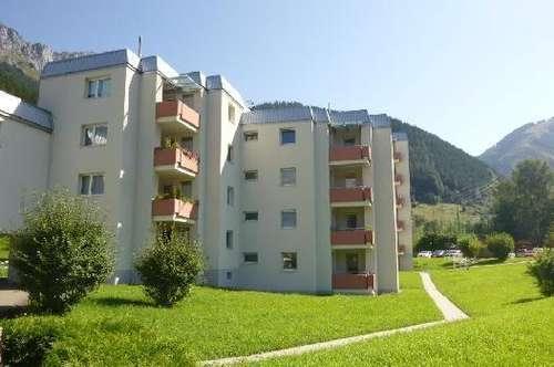 Helle Wohlfühloase mit Loggia und einzigartiger Aussicht auf die atemberaubende Bergwelt von Eisenerz! Provisionsfrei!