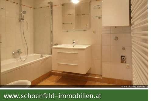 Helle Vierzimmer-Wohnung mit Loggia in Grünruhelage - Garagenplatzoption!