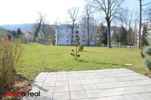 2-Zimmer Wohntraum im Grünen mit Terrasse und Ausblick in parkähnlichen Garten