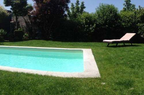 Wohntraum mit großem Eigengarten, eigenem Pool und Wohlfühlbereich mit Sauna