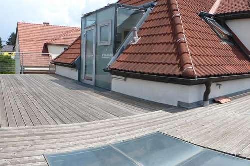 Traumhafte Doppelhaushälfte zur MIETE mit riesiger Dachterrasse und großem Eigengarten!!!