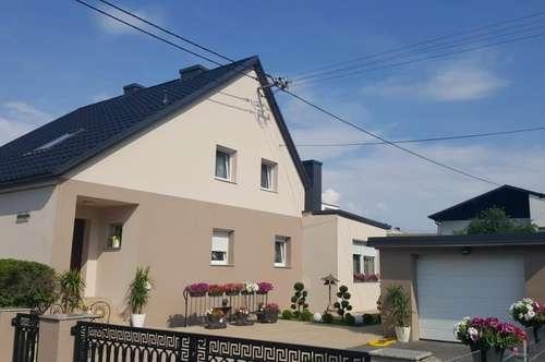 Generalssaniertes Wohlfühlhaus in  guter Lage in Leonding-Doppl  mit Pool