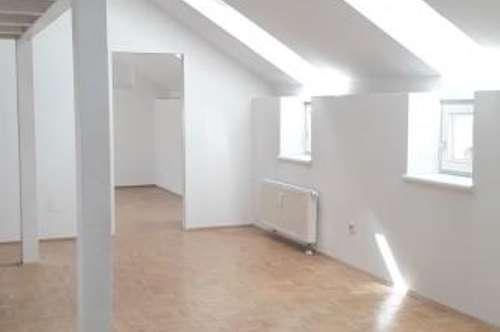 Galeriewohnung mit Terrasse zum Top Preis - Oberer Plattenweg 60-62 - Top 6