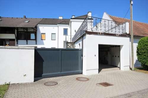 Familientraum in Margareten am Moos! Zweifamilienhaus in Grünlage - Doppelgarage