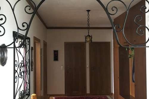 Schöne, große 3 Zimmer Wohnung zu verkaufen, zentrale Lage in der Nähe vom Klinikum Klagenfurt