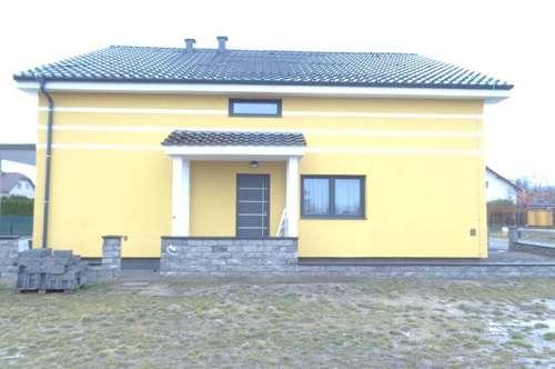 Erstbezug 150 m2 + Terrasse